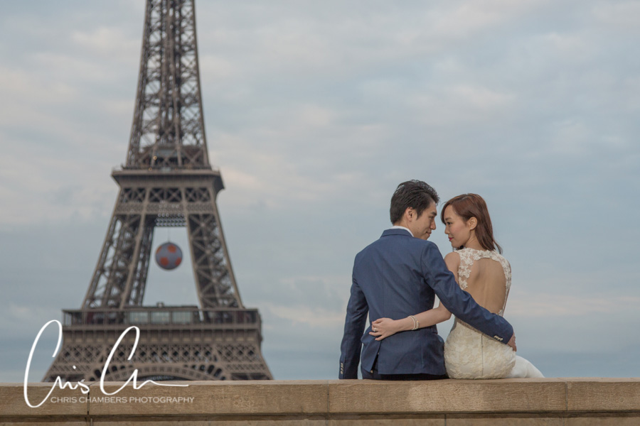 Bride and groom engagement wedding photography in Paris, Award winning wedding photographer by Chris Chambers Photography