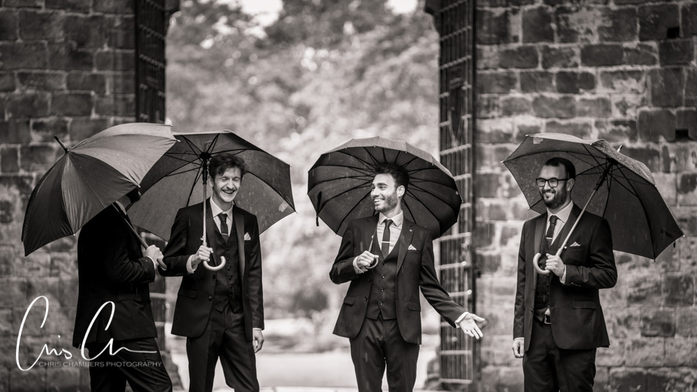 Kirkstall-Abbey-Wedding-photography-Leeds-wedding-photographer